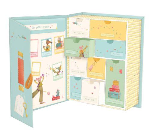 Cutia cu amintiri ale bebelusului Moulin Roty