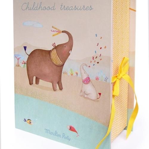 Cutia cu amintiri ale bebelusului Elefant ,Moulin Roty