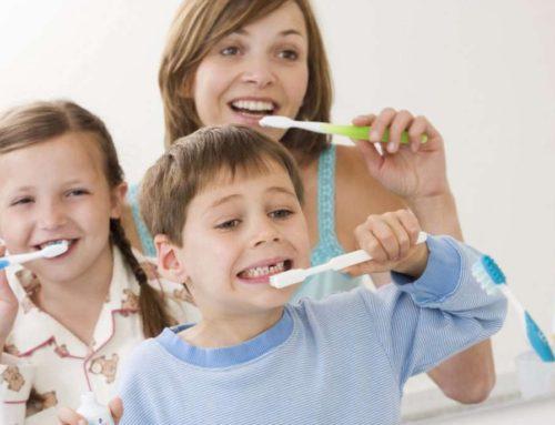 Igiena Dentara la Copii – 18 Intrebari si Raspunsuri Utile